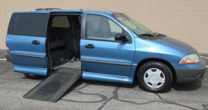 2001-Ford-Windstar_1690